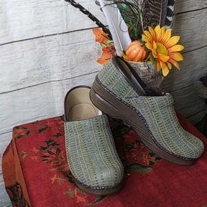 Danskin green  shoes